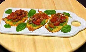 Pechugas de pollo con queso y tomate